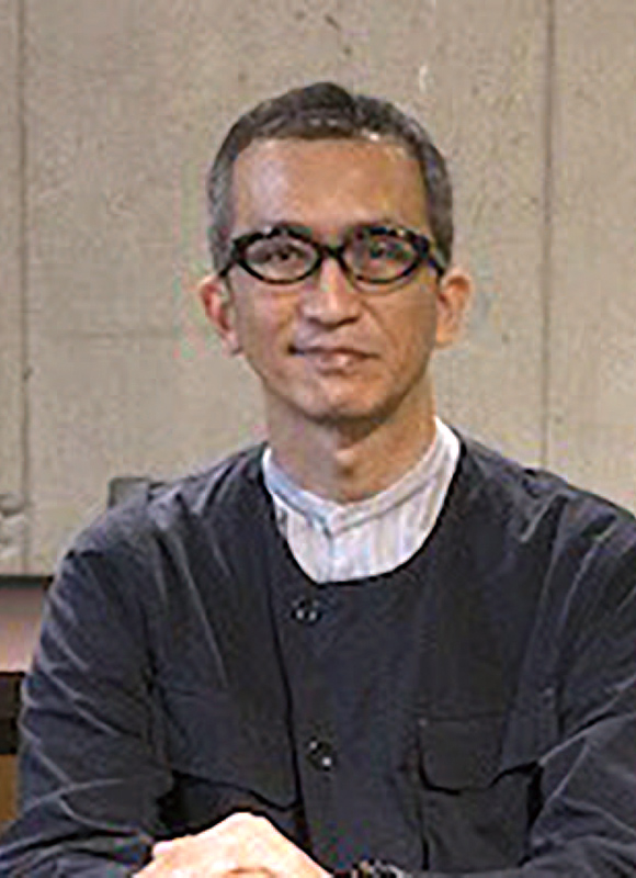 デザイナー 田中 義章